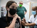 Esto debes saber sobre los mandatos de vacunación para estudiantes en el Área de la Bahía