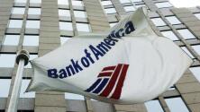 Clientes de Bank of America denuncian que les pidieron información sobre su residencia legal