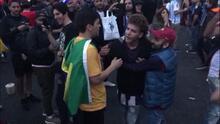 Brasileños se burlan de argentinos y estuvieron a punto de desatar una golpiza en Rusia