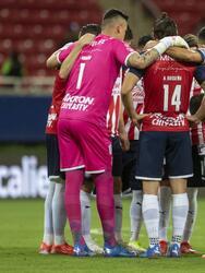 Chivas se presentaba en casa ante Pachuca con dos empates, una derrota y una victoria en sus últimos cuatro partidos.