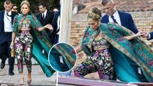 JLo deja la etiqueta del precio en capa Dolce Gabbana y algunos creen que fue desenmascarada pues era ropa prestada