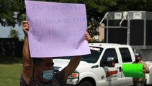 Alcaldesa de Morovis protesta en oficinas de la AAA por fallas en distribución de agua potable