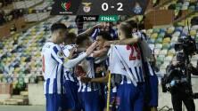 El Porto del Tecatito se lleva la Supercopa de Portugal