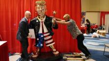 ¿Mexicana o china?: la controversia generada por una estatua dorada del expresidente Trump