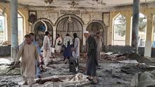 Decenas de muertos y heridos tras una explosión en una mezquita llena de fieles en Afganistán