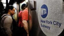 MTA inicia plan piloto para descongestionar los trenes del metro de Nueva York