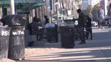 Crisis de indigentes en Venice Beach obliga la intervención del Departamento del Sheriff de LA