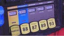 Gasolineras operan con servicio intermitente de combustible en Carolina del Norte
