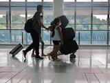 """""""No es seguro con esta variante Delta""""; Advierten sobre el riesgo de viajar durante fin de semana feriado"""