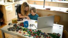 Padres de familia piden al Fort Bend ISD permitir las clases virtuales a los estudiantes más pequeños