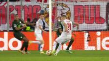 ¡GOL!  anota para FC Red Bull Salzburg. Noah Okafor