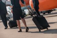 """""""Les pedimos a los pajeros que viajan en avión que sigan las reglas"""": asistentes de vuelo ante incremento de incidentes violentos"""