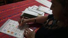Varios mexicanos en EEUU se quejan por dificultades en proceso de inscripción para las elecciones