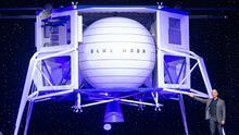 Jeff Bezos, Richard Branson y Elon Musk: la nueva carrera espacial del siglo XXI es entre grandes magnates (y sus grandes egos)
