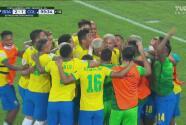 ¡Gol de Brasil! Cabezazo de Casemiro pone el 2-1 en tiempo de reposición