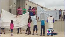 Piden cierre de centros de detención para inmigrantes