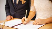 NYC reanuda las bodas en persona, pero solo con cita previa