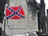 Pentágono prohíbe banderas confederadas en instalaciones militares