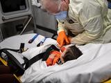 Récord de hospitalizaciones pediátricas durante el fin de semana: ¿por qué tarda tanto la vacuna para niños?