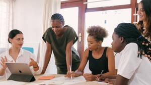 ¿Qué es la cultura organizacional y por qué la debo considerar antes de aceptar un trabajo?