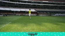 ¿Asombrado? Jugador de Olimpia recrea el 'barrilete cósmico' del Diego