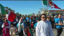 Miles de personas asistieron a la peregrinación de la Virgen de Guadalupe en Los Ángeles