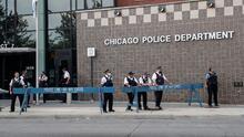 ¿Qué tan probable es que Chicago se quede sin la mitad de policías este fin de semana por el mandato de vacunación?