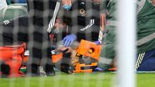 Raúl Jiménez mejora tras sufrir conmoción con los Wolves