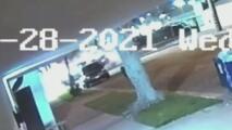 Sospechoso desata persecución de 60 segundos en Inglewood y termina atropellando mortalmente a dos personas