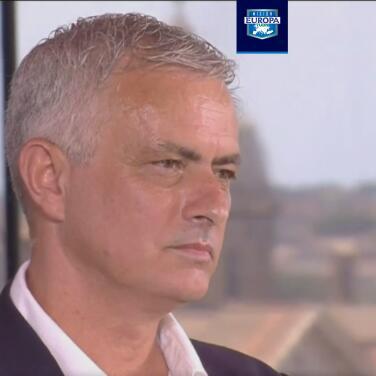 ¡Genio y figura! Mourinho no aguantó esto en su presentación en Roma