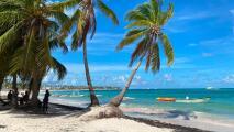 ¿Qué tan seguro es viajar a República Dominicana en este momento? Responde su ministro de Turismo