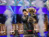 Joven de 16 años gana 3 millones de dólares en competencia mundial de videojuegos