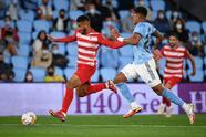 Celta de Vigo salva el partido al minuto 90+4' gracias al gol de Denis Suárez ante Granada al cierre de la séptima Jornada en La Liga. Iago Aspas tuvo la oportunidad en un penalti de poner a los celestes arriba en el marcador, pero Maximiano adivina el tiro y, posteriormente sale lesionado: el mexicano Nestor Araújo jugó 86' minutos del encuentro.