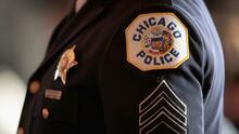 Acusan a policías de Chicago de apuntar sus armas a dos niñas de 4 y 9 años en un cateo equivocado