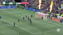 ¡GOL!  anota para Seattle Sounders FC. Nicolas Benezet