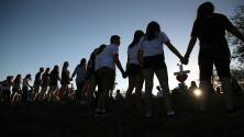 Evite las estafas en donaciones para las víctimas de la masacre de Parkland