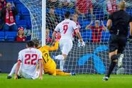 Noruega golea a Gibraltar 5-1 durante la fase de grupos rumbo al Mundial de Catar 2021. Con anotaciones de Kristian Thorstvedt (23'), el hat-trick de Erling Haaland (27', 39', 90+1') y gol de Alexander Sorloh (59'), los 'Vikingos' arrasan y se colocan en segundo lugar del Grupo G.