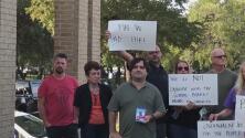 Junta directiva de Round Rock ISD genera controversia entre padres de familia