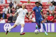 Inglaterra se lleva el partido amistoso internacional ante Rumania 1-0 en Middlesbrough. El capitán de los 'Tres Leones', Marcus Rashford,fue el autor de la única anotación del encuentro al minuto 68', partido de preparación previo a la Euro 2021.