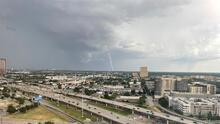 Imágenes de las tormentas que llegaron al norte de Texas este domingo