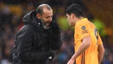 """DT de Wolves asegura que la recuperación de Raúl Jiménez es """"positiva"""""""