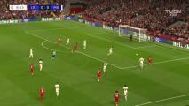 ¡Golazo del Liverpool! Alexander-Arnold desbordó al AC Milan y puso el 1-0