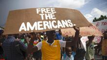 """Líder de pandilla de Haití que secuestró a 17 misioneros estadounidenses amenaza con matarlos """"si no consigue lo que quiere"""""""