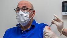 La FDA publica primer análisis sobre solicitud de Pfizer para la vacuna de refuerzo