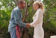 Isa le prometió a Rigoberto que se casará con Rafael para que puedan escaparse con su dinero