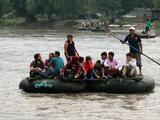 Migrantes se preparan en Tapachula para salir en caravana hacia EEUU