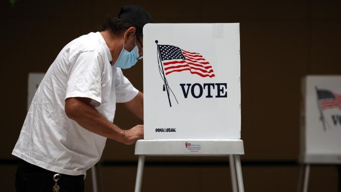 ¿A qué se debió la importante participación de latinos en la elección revocatoria de Gavin Newsom? Experta explica
