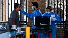 Aumentan los casos de covid-19 entre migrantes liberados en los condados fronterizos de Texas