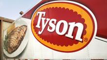 Tyson Foods retira del mercado casi 9 millones de libras de pollo congelado por riesgo a una bacteria dañina