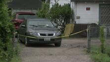 Dueño de una casa le dispara a un sospechoso tras intentar robarle el auto en el norte de Houston
